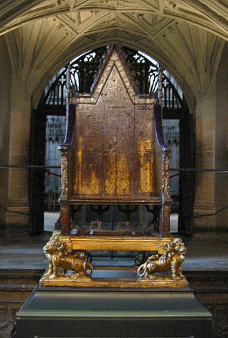 Coronation Chair - The chair as seen in 2002, with Stone of Scone, which had been returned to Scotland, not installed