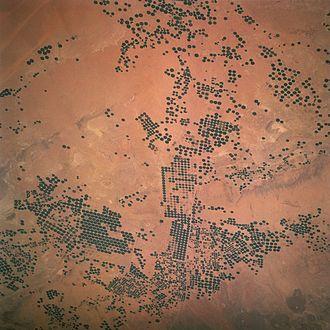 Irrigation in Saudi Arabia - Circles of green irrigated vegetation in Saudi Arabia, April 1997