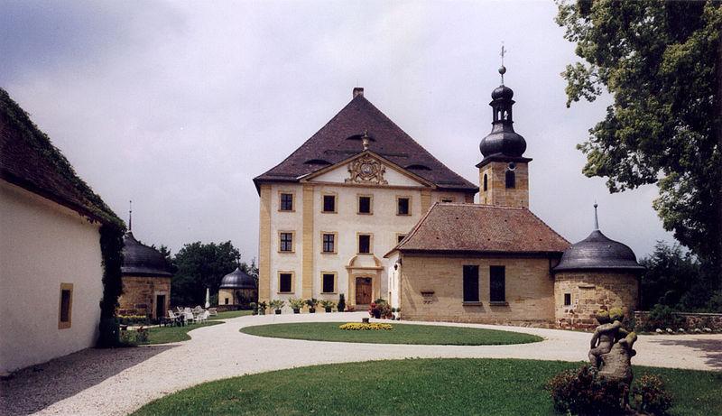File:Schloss Trockau 01.jpg