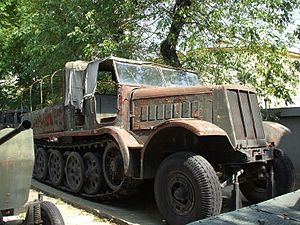 Sd.Kfz. 9 - Sd.Kfz. 9 on display at the National Military Museum, Bucharest