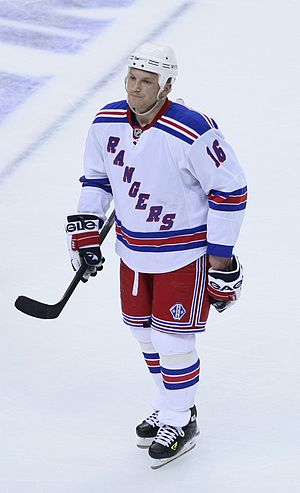 Sean Avery - Avery in the 2009 playoffs