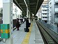 Seibu-railway-Kokubunji-station-platform-7.jpg