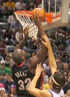 O'Neal going in for a layup with the Heat.