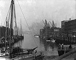 Ship at foot of King Street, St. John, NB, 1915 (?) (2922444432).jpg