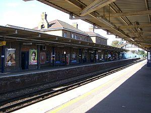 Sittingbourne railway station - View of main platform from platform 2