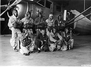 English: 1948—A smokejumper crew, based at Dem...