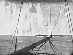 South - the story of Shackleton's last expedition, 1914-1917 - Close under the barrier.jpg