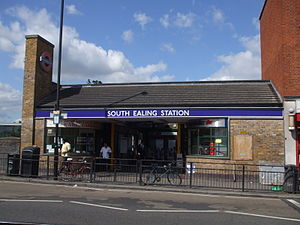 South Ealing tube station - Image: South Ealing stn building