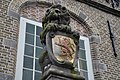 Stadhuis van Haastrecht Leeuw 2.JPG