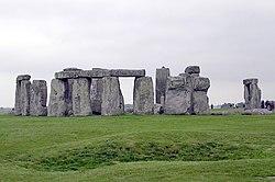 Stonehenge.arp.jpg