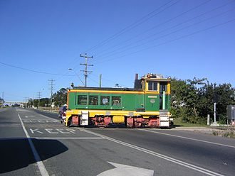 Bruce Highway - Sugar cane train crossing, 2003