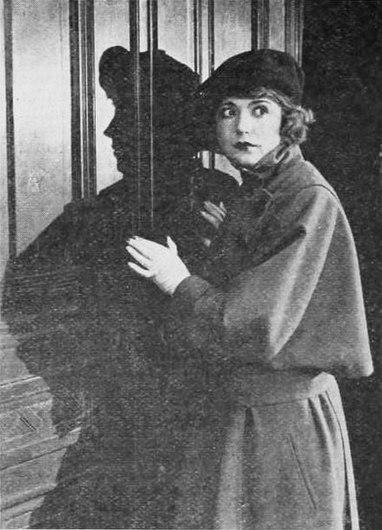 Suspense (1919) - 2.jpg