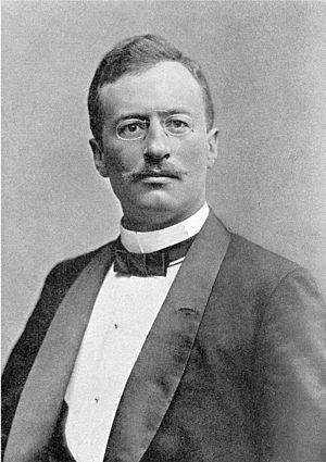 Sven Hedin - Sven Hedin circa 1910