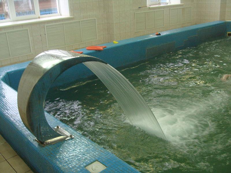 File Swimming Pool Zarya Koryazhma 02 Jpg Wikimedia Commons
