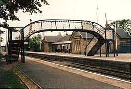 Tain railway station in 1991.jpg