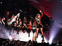 Taylor Swift IMG 0632 (9926951304).jpg