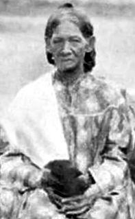 Queen regent of Huahine