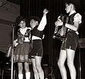 Tekmovanje Pionir - pokaži, kaj znaš! v Telovadnem domu 1957.jpg