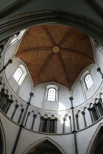 Purbeck Marble - Interlaced semicircular arches supported by Purbeck Marble shafts in the Temple Church, London