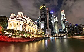 The Fullerton Hotel Singapore and the Central Business District, Singapore - 20110426.jpg
