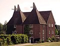 The Kilns and Brook Oast, Combourne Farm, Jarvis Lane, Curtisden Green, Kent - geograph.org.uk - 328958.jpg