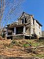 The Old Shelton Farmhouse, Speedwell, NC (33555946428).jpg