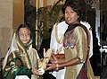 The President, Smt. Pratibha Devisingh Patil presenting the Padma Shri Award to Ms. Jhulan Goswami, at an Investiture Ceremony I, at Rashtrapati Bhavan, in New Delhi on March 22, 2012.jpg