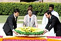 The President of Brazil, Ms. Dilma Rousseff laying wreath at the Samadhi of Mahatma Gandhi, at Rajghat, in Delhi on March 30, 2012.jpg