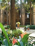 The garden of Santa Església Catedral Basílica de Barcelona - 2 - panoramio.jpg