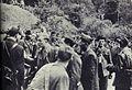 Tomšičeva brigada razorožuje italijanske vojake po bitki v Dolenji vasi.jpg