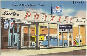 Pontiac - Postcard showing a Pontiac dealer in Oklahoma, ca 1930-1945