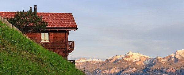Tschiertschen (1350 meter) in Graubünden 001.jpg