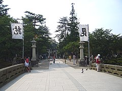 Uesugi shrine 2.jpg