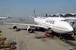 United Airlines Boeing 747-422 N104UA (21108013784).jpg
