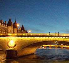 VBRITTO-pont-au-change-paris-2008.jpg