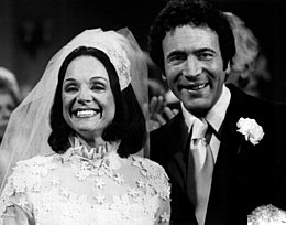 Valerie Harper David Groh Rhoda wedding 1974.JPG