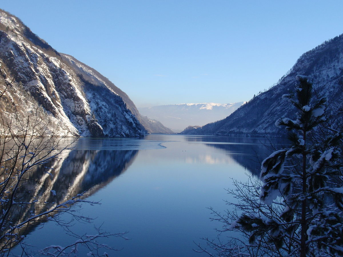 Risultati immagini per lago del mis