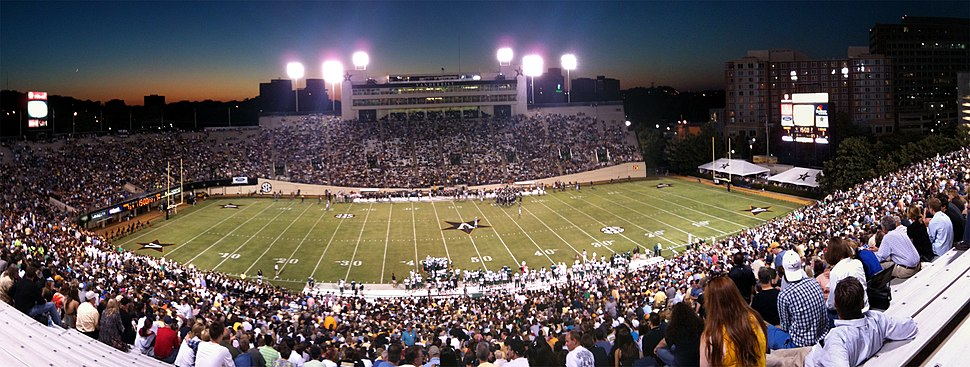 Stadium panoramic during a Vanderbilt football game in the 2010 season.