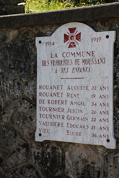 Verreries-de-Moussans (Hérault) - monument au morts et mémorial de la Résistance