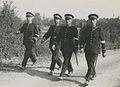 Vier Rijksveldwachters op het parcours van 50 km tijdens de 21e vierdaagse. – F41800 – KNBLO.jpg