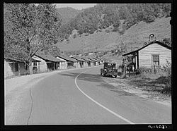 Company homes in Virgie in 1940