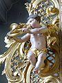 Waidhofen Thaya Pfarrkirche - Orgel 6a Putto mit Horn.jpg
