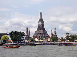 Wat Arun 03-2012-01.JPG