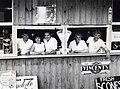 Wegrestaurant van Nederlanders in Australië (2949246340).jpg