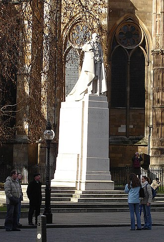 William Reid Dick - Statue of King George V by William Reid Dick, outside Westminster Abbey, London. (January 2006)
