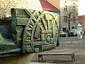 Wieliczka, monument na náměstí.JPG