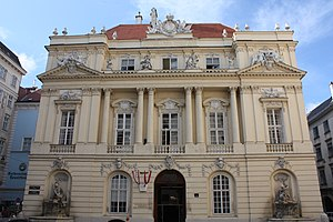Gesellschaft der Ärzte in Wien - Assembly hall of the old University of Vienna: the first headquarter of the Gesellschaft der Ärzte – today it is the headquarter of the Academy of Sciences.