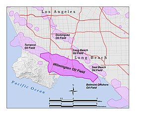 Wilmington Oil Field - Location of the Wilmington Oil Field within the Los Angeles Basin.  Oil fields are shown in light violet.