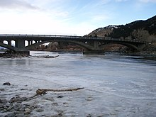 YellowstoneRiverCartersBridge.jpg
