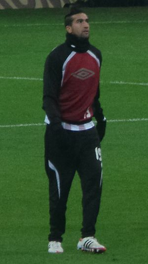Youssouf Hadji - Hadji playing for Al Arabi
